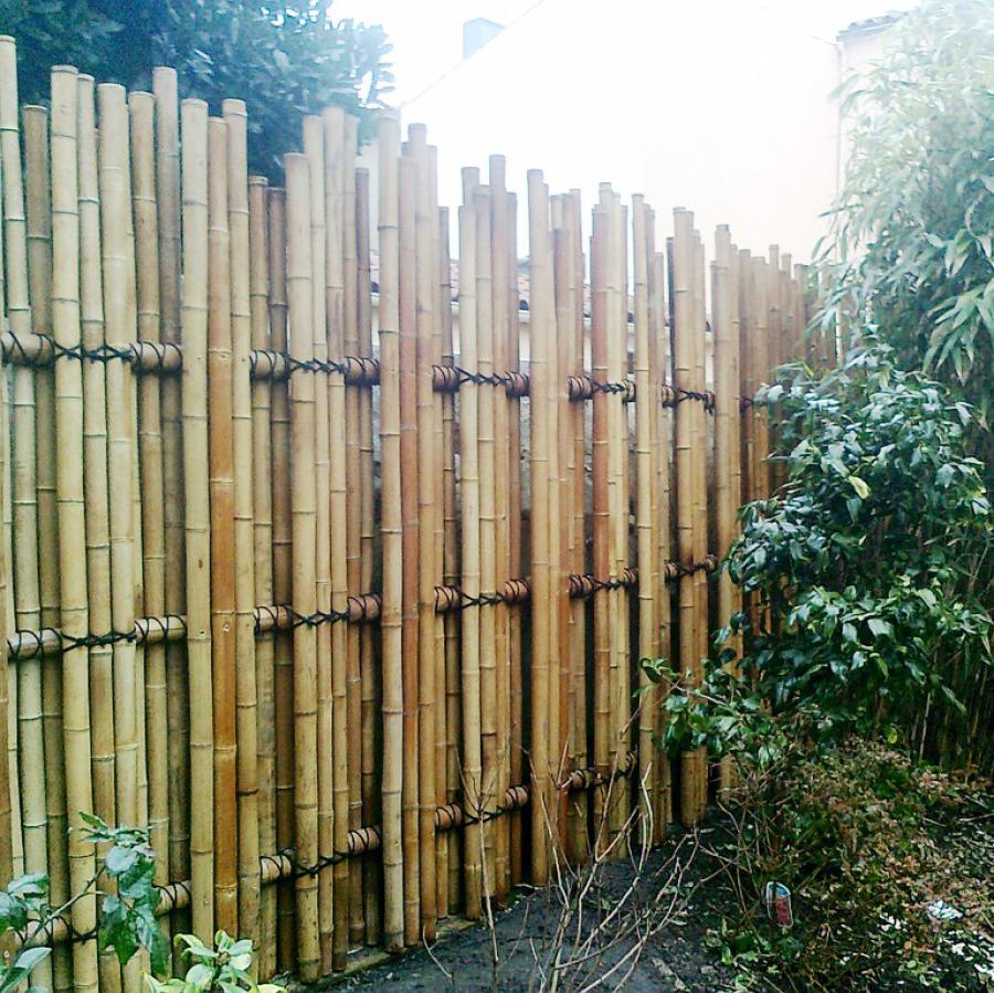 Teppo gaki, barrière traditionnelle bambou jardin japonais, zen, clôture, palissade, séparation
