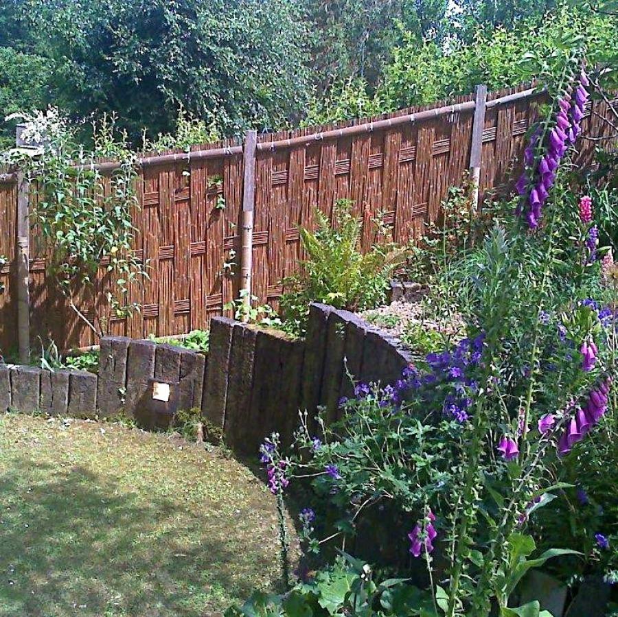 Amida gaki, barrière traditionnelle bambou jardin japonais, zen, clôture, palissade, séparation
