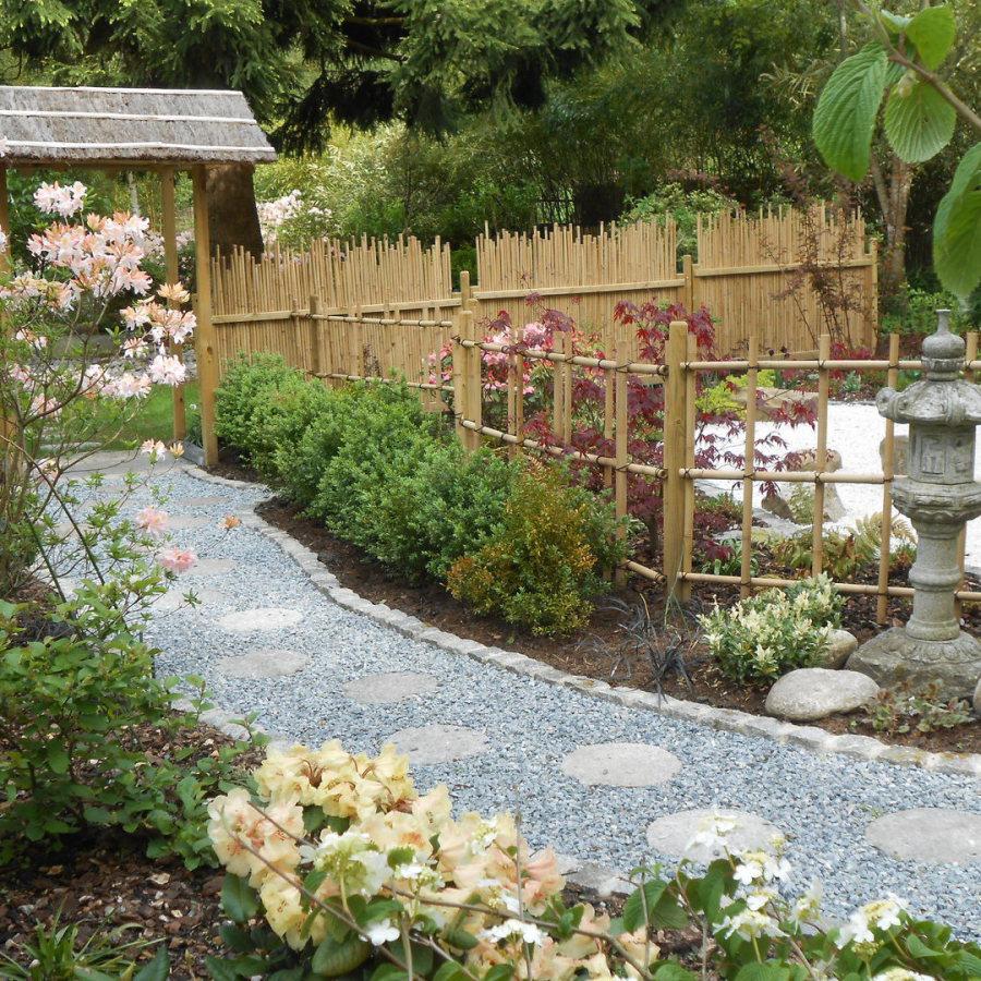 Yotsume gaki, panneau Maru, barrière traditionnelle bambou jardin japonais, zen, clôture, palissade, séparation